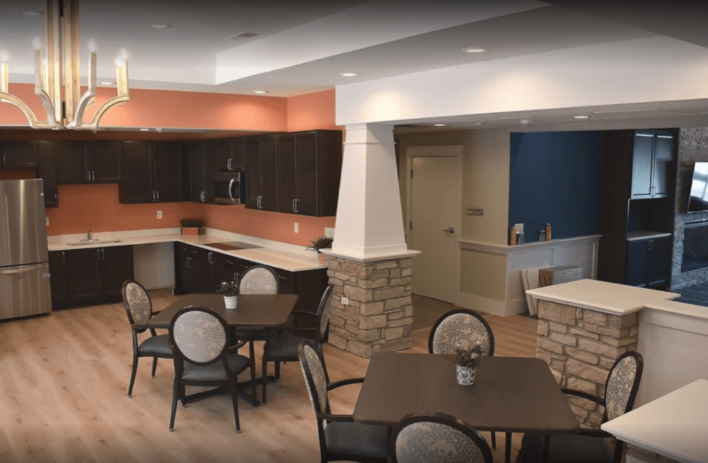 lunchroom at grace senior assisted living healthquest physical therapy lake orion oxford